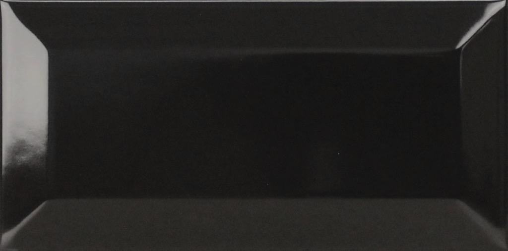 fkeu-metrodiamant-schwarzglaenzend-wandfliese